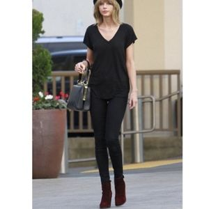 NWOT Cloth and Stone Top V-Neck Hi-Lo Tee in Black